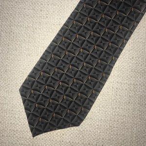 Bill Blass Black Label silk necktie